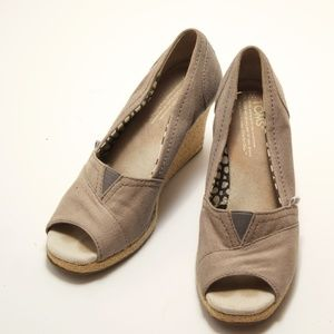 Toms Grey Wedged 6W - Pre-Loved